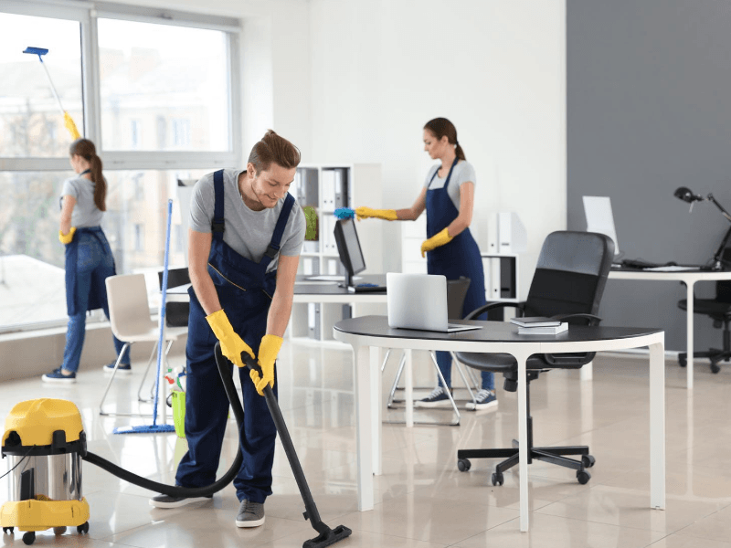 Our professional cleaning contractor can make your office clean again