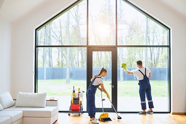 home skylight or big window cleaning service in Vancouver