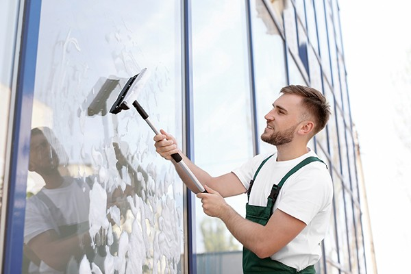 we do outside window cleaning in Vancouver area