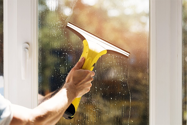 home window cleaning service is available now for Vancouver home